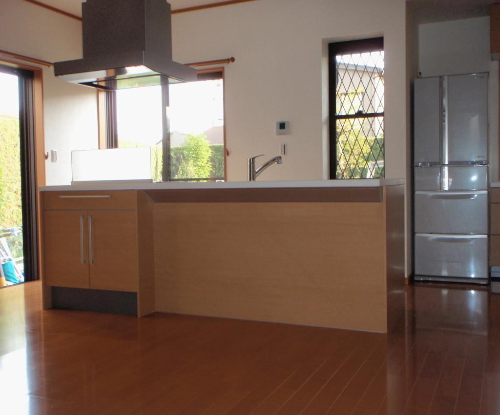 三重県桑名市 システムキッチン1設置工事後